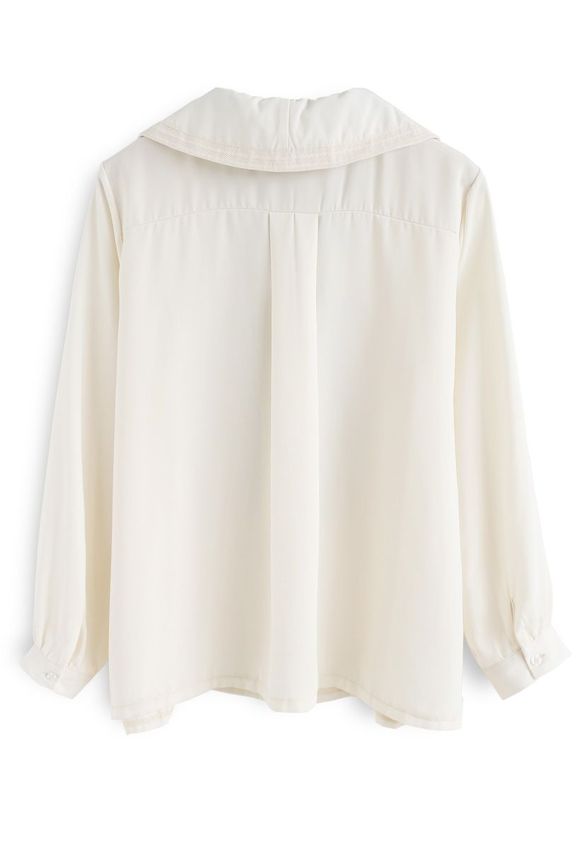 Inspiration of Pussy-Bow Shirt in Cream