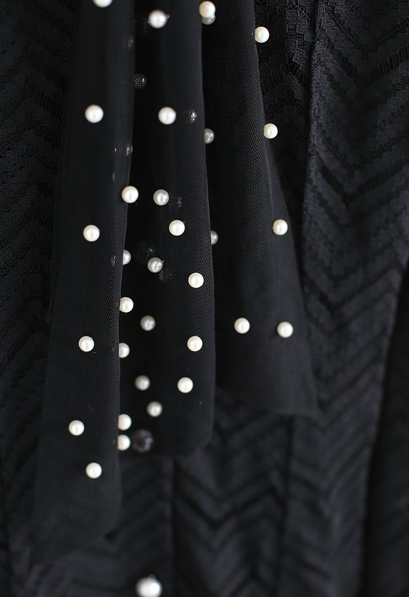 Lovely Pearls Pussy-Bow Lace Dress in Black