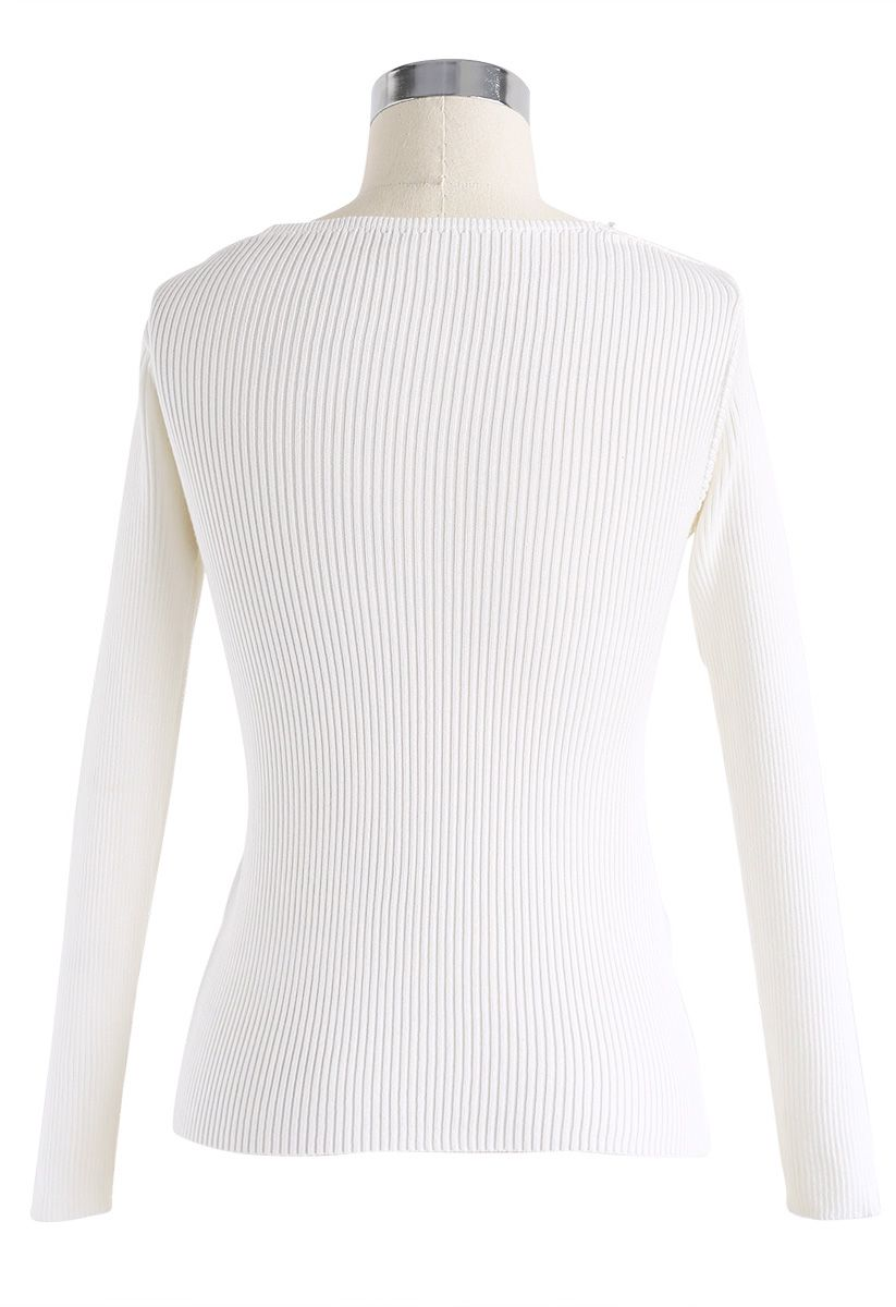 Pearls Lover Wrapped Knit Top in White