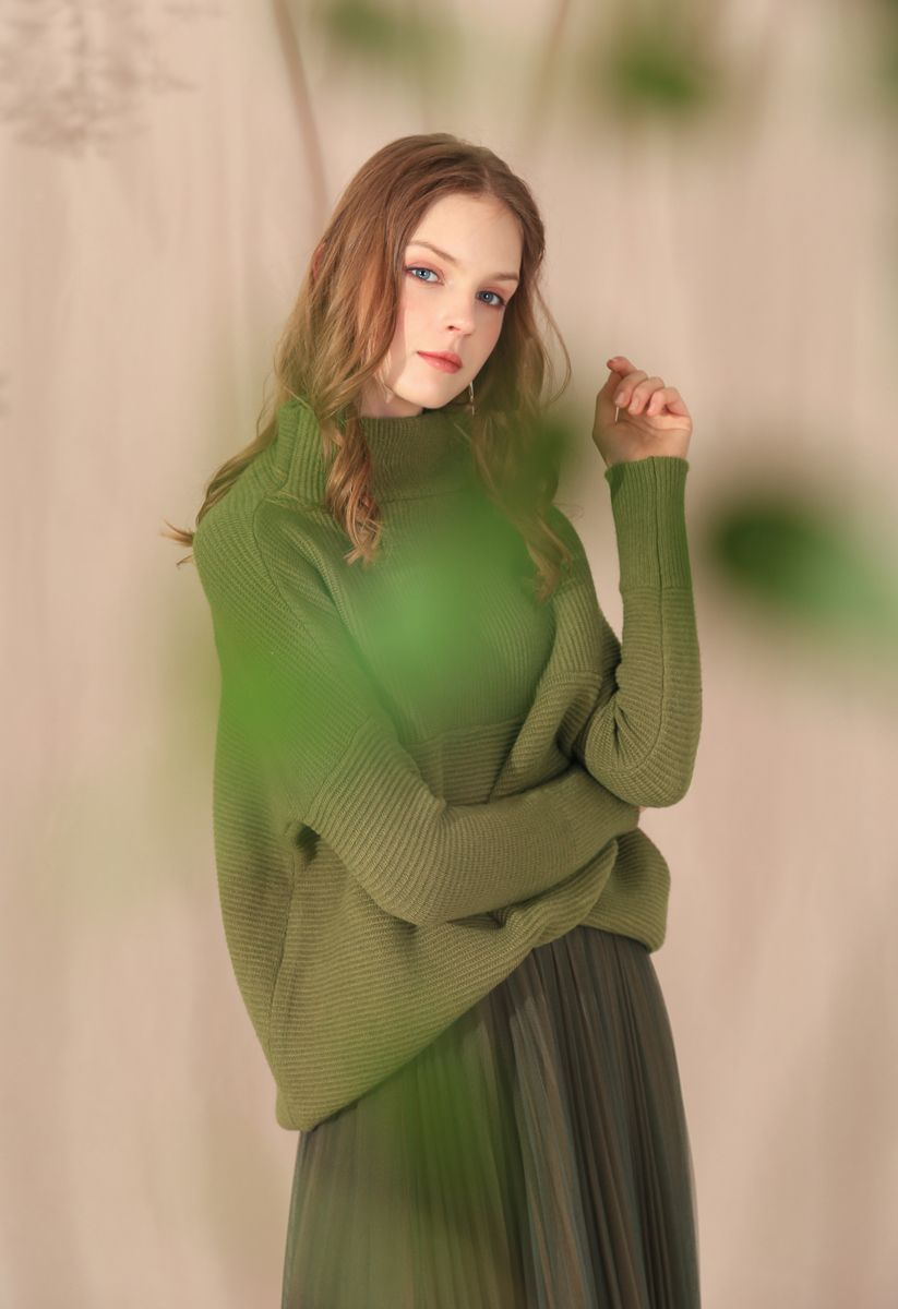Cozy Ribbed Turtleneck Sweater in Army Green