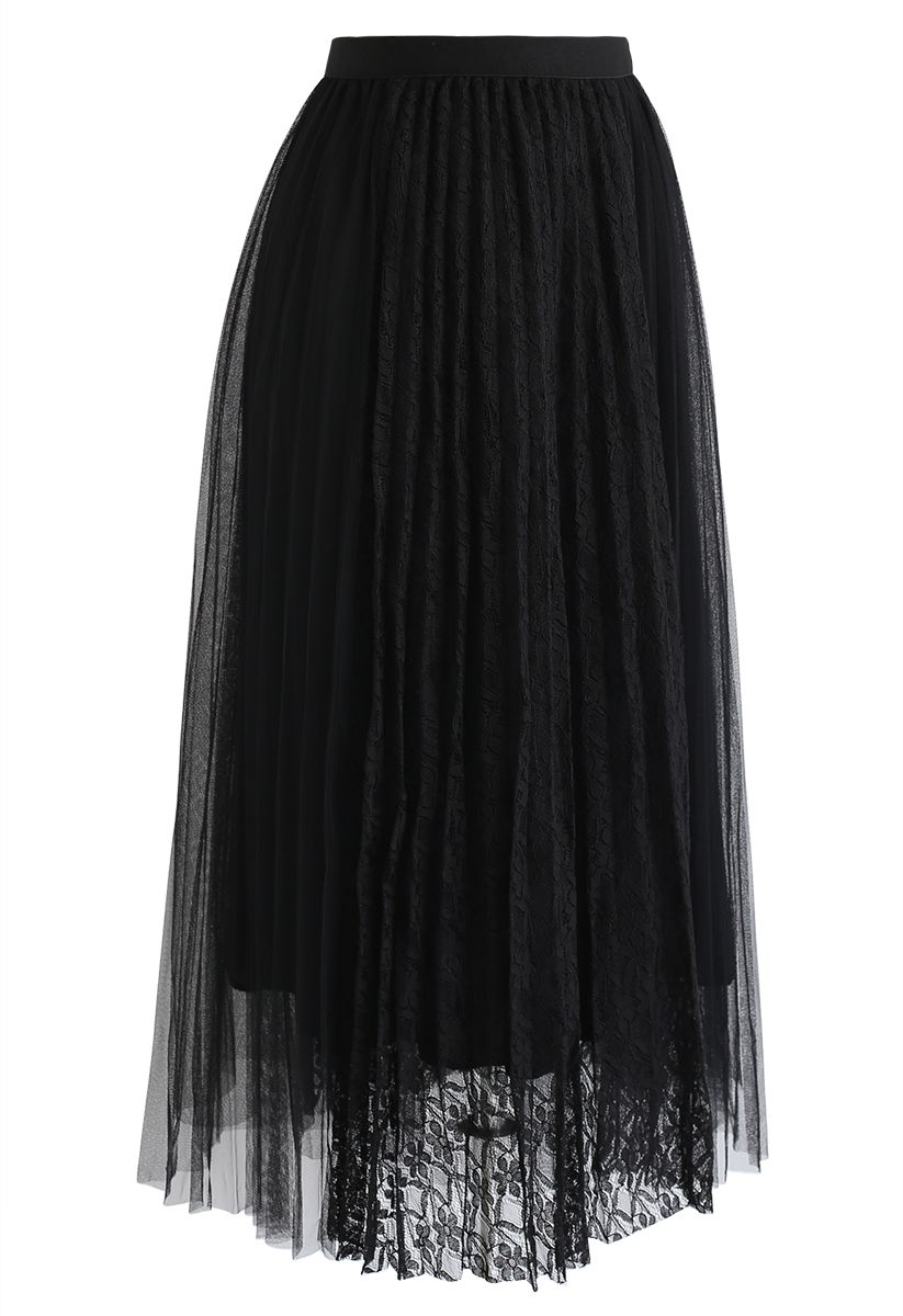 Lace Splicing Tulle Mesh Skirt in Black