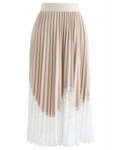 Lightsome Lace Hem Pleated Midi Skirt in Cream
