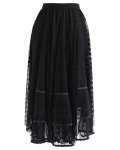 Lace Pleated Mesh Asymmetric Skirt in Black