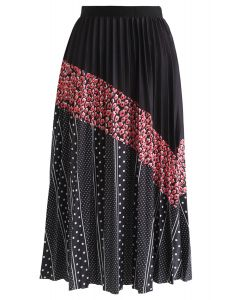 Spots Color Blocked Pleated Midi Skirt in Black