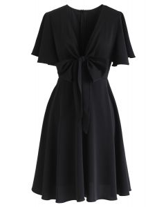 Knotted Front Flare Sleeves Midi Dress in Black