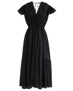 Frill Hem Plunging V-Neck Sleeveless Maxi Dress in Black