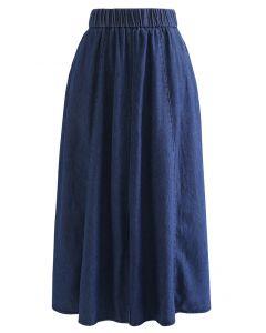 Front Slit Side Pocket Denim Midi Skirt in Navy