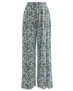 Cozy Wide-Leg Pleated Pants in Green