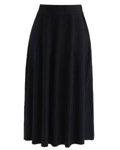 Radiant Lines Knit Midi Skirt in Black