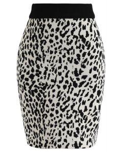 Leopard Print Mini Knit Skirt in Black