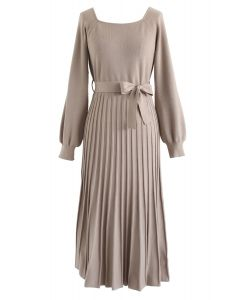 Square Neck Bowknot Pleated Knit Dress in Tan