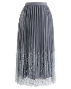 Pearls Embroidered Mesh Velvet Pleated Skirt in Grey