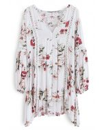 Engrossing Floral V-Neck Tunic in White